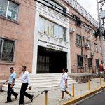 Médicos en servicio social firman compromiso de pago con autoridades de Salud