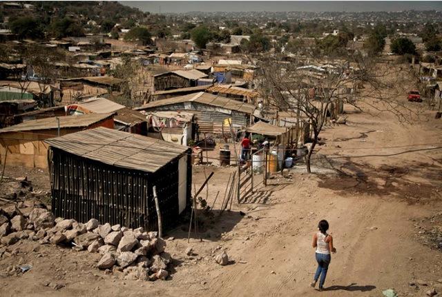 """Corrupción """"agrava"""" la pobreza que agobia a la mayoría de los hondureños"""