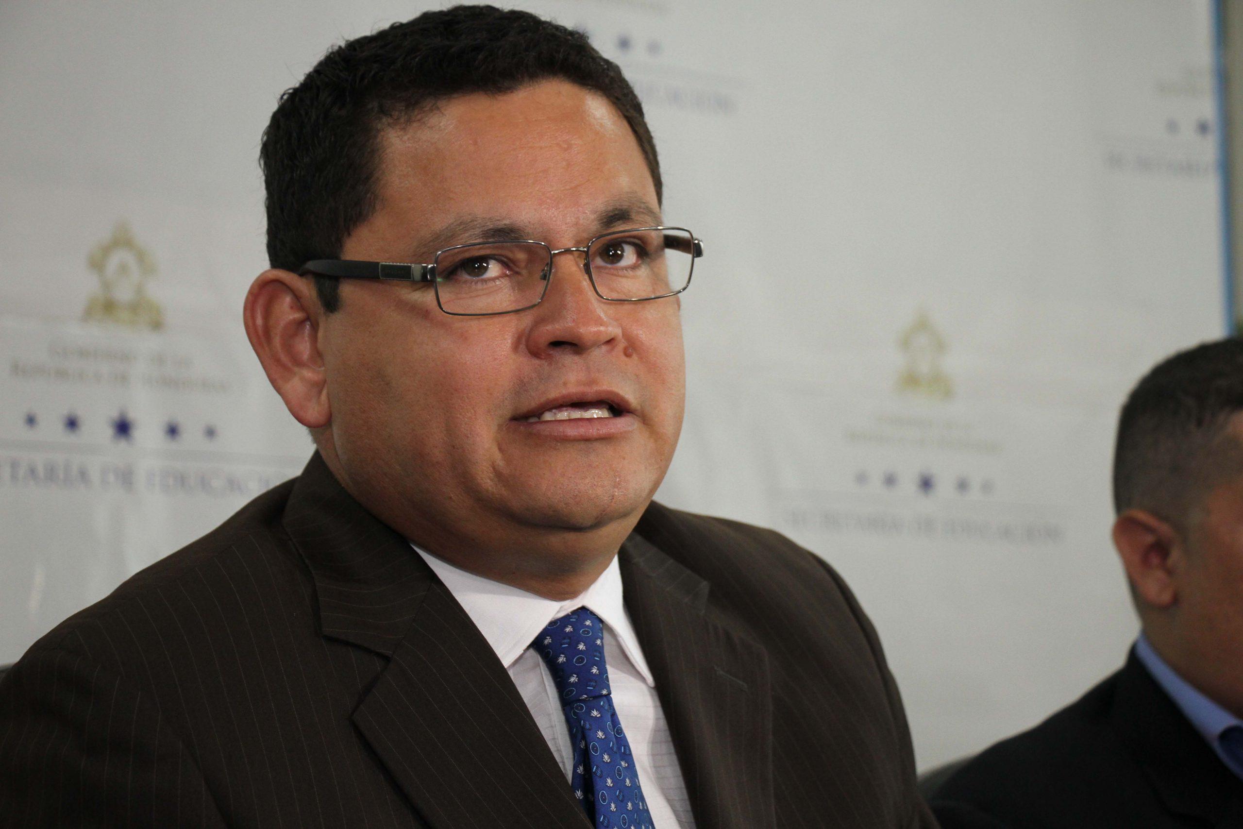 Marlon Escoto lanza candidatura presidencial por el partido Todos Somos Honduras
