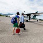 Extranjeros continúan abandonando el país en vuelos especiales
