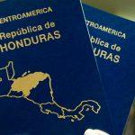 Gobierno hondureño garantiza abastecimiento de pasaportes para 2021