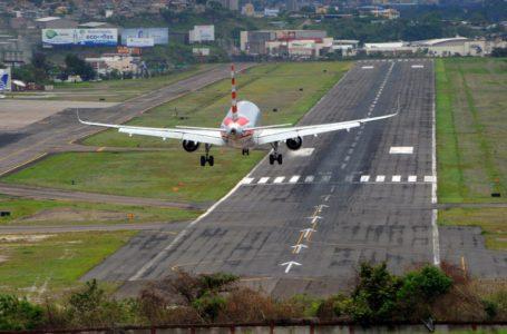 Ley de bajo costo aéreo sólo beneficiará los aeropuertos de las ZEDEs, asegura diputado