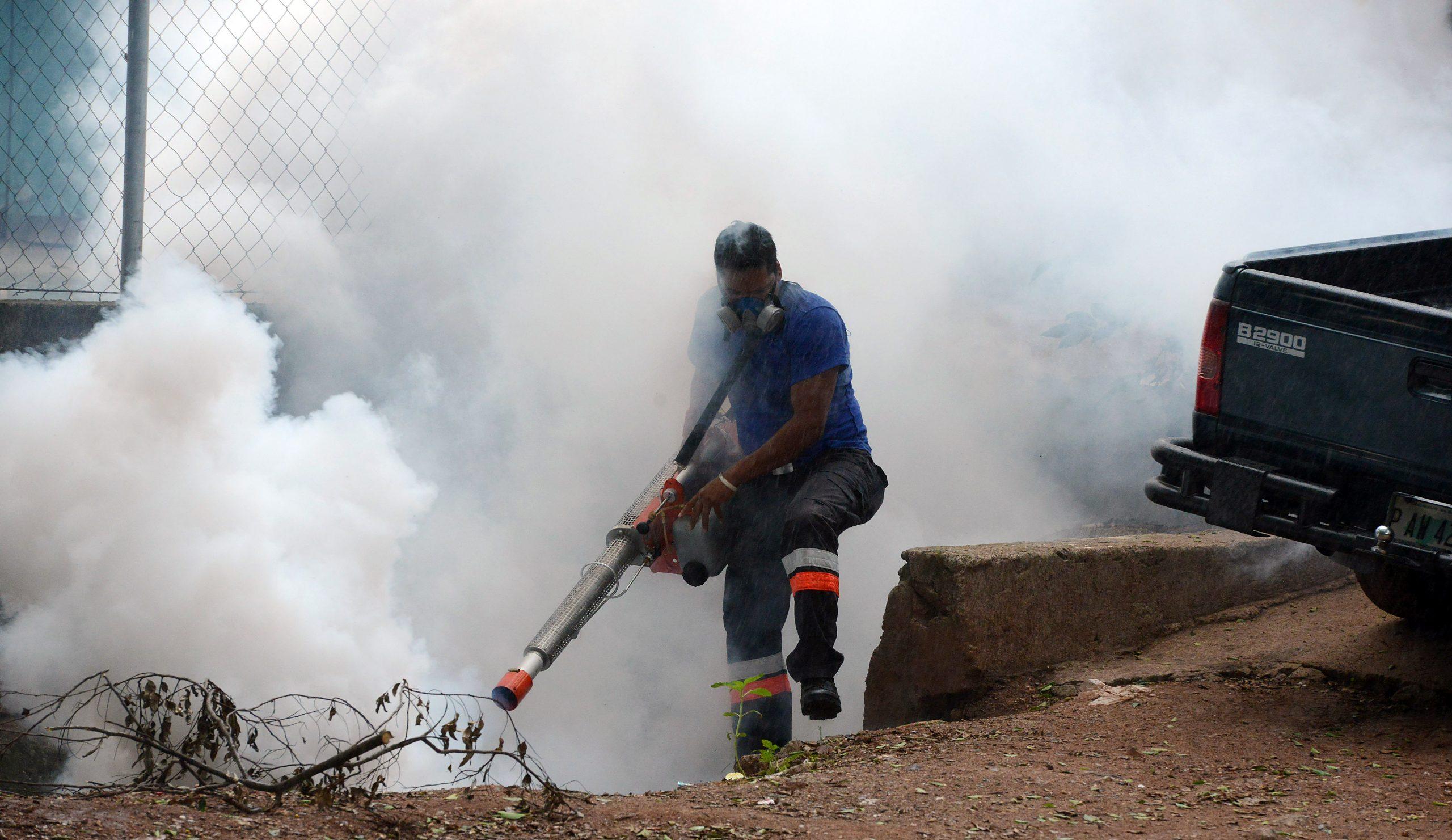 Comienza campaña de fumigación contra el dengue en el Valle de Sula