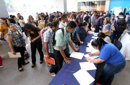 """Gobierno anuncia """"Empleatón"""" para impulsar empleos en el país"""