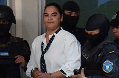 Reprograman del 16 al 31 de agosto repetición del juicio contra Rosa Elena Bonilla