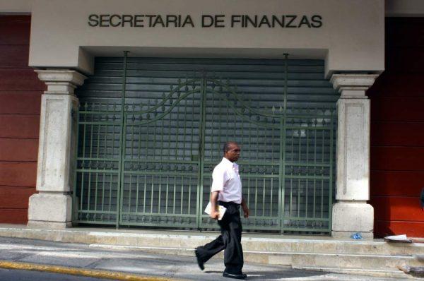 Finanzas ya revisa presupuesto adicional solicitado por el CNE