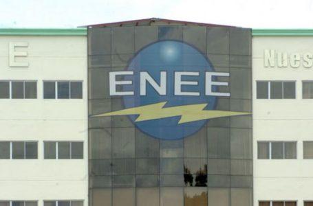 Interventora de ENEE asegura no cederá, mientras sindicato sigue pidiendo su salida
