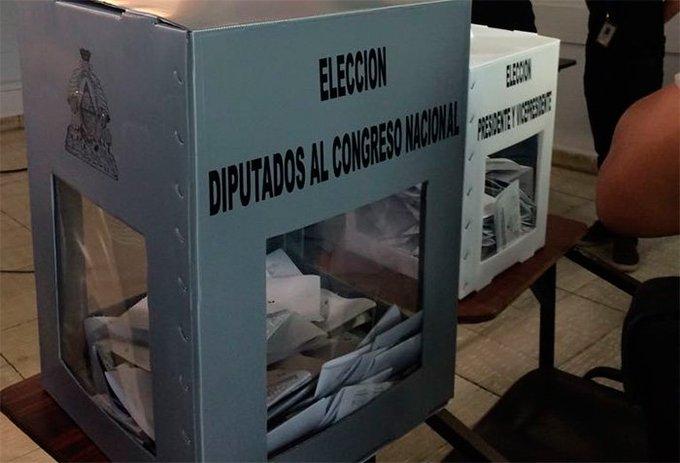 Voto en el extranjero debe eliminarse por ser costoso para el país