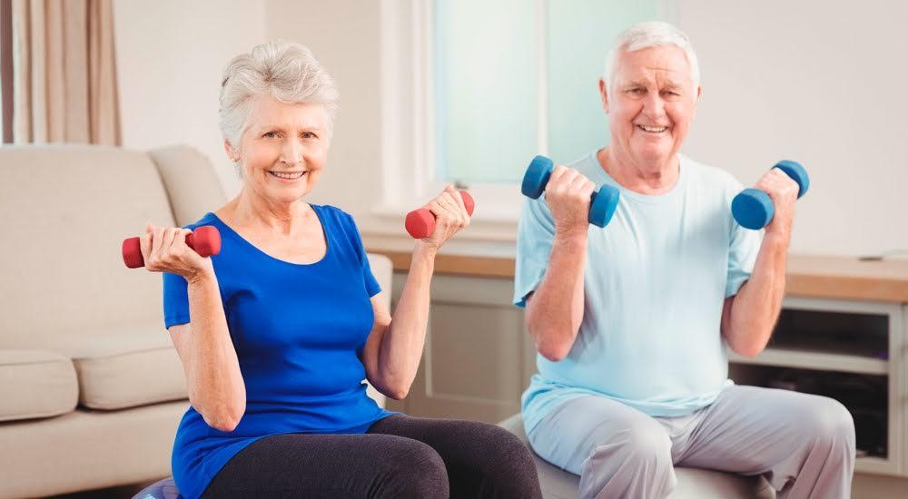 Resultado de imagen para ejercicios en casa para adultos mayores