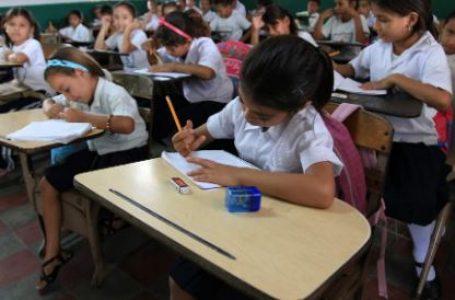Dirigentes contemplan retorno a clases presenciales en el segundo semestre del 2021
