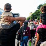 Unos 63 menores que viajaban sin sus padres hacia EE. UU. están bajo protección de la DINAF