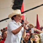 Xiomara Castro será precandidata en Libre respaldada por cuatro movimientos