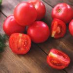 Usar tomates para disminuir la presión arterial alta