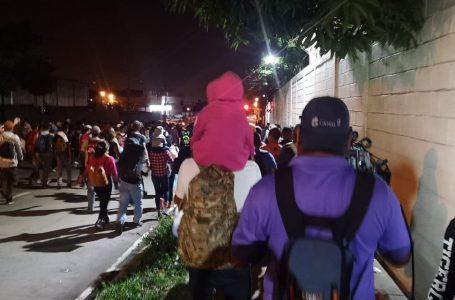 Nueva caravana de migrantes comienza su recorrido para llegar a EE.UU