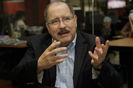"""Si Gobierno fija salario, """"ocasionará más problemas que soluciones"""": extitular del BCH"""