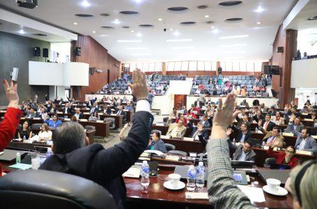 Mayoría de diputados «ya se vacunaron» contra COVID y no quieren sesiones virtuales