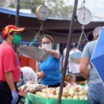 Reportan aumento a la canasta básica sin que haya todavía un reajuste al salario mínimo