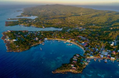 Roatán entre las mejores y más económicas islas del Caribe para vivir, según International Living