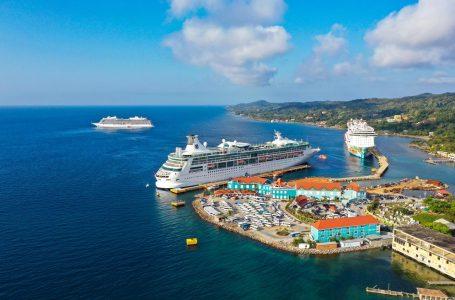En agosto se reanuda llegada de cruceros a Roatán tras más de un año de recesión