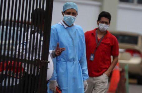 Al menos nueve decesos bajo sospechas del Covid-19 reportan hospitales capitalinos