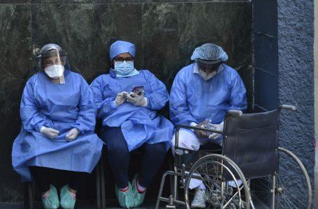 Médicos dan 48 horas al Gobierno para que otorgue permanencia a personal de primera línea