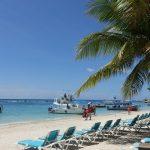 Forbes destaca a Roatán como una de las mejores playas del Caribe para 2020