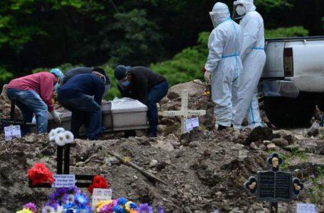 Funerarias registran 7,200 muertes por COVID en lo que va de 2021, solo 200 menos que en 2020