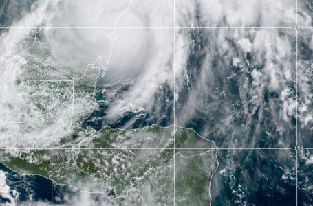 Alerta Roja para 4 departamentos del país por influencia de tormenta tropical Gamma