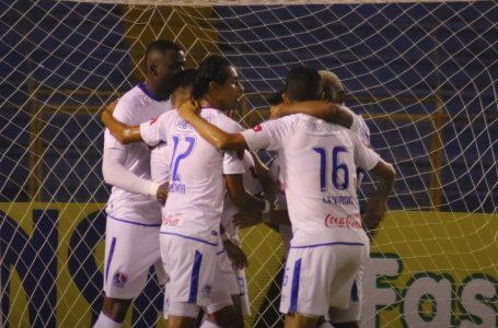 Jugadores podrían ser sancionados por celebrar goles con abrazo