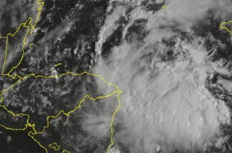 Por ingreso de onda tropical, Copeco mantiene alerta verde en 11 departamentos