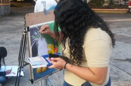 Alumnos de Bellas Artes realizan campaña «MotivArte» en forma de colecta