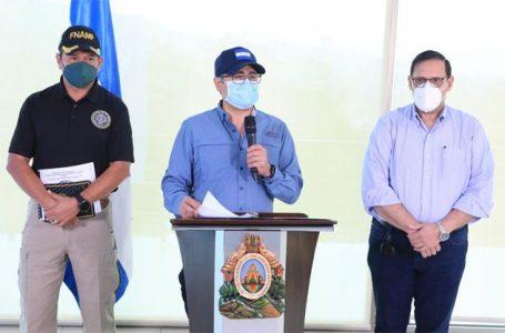 """Presidente Hernández reitera que """"a los delincuentes se les terminó la fiesta"""""""