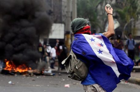 Crisis política puede generar caos de consecuencias inimaginables en el país