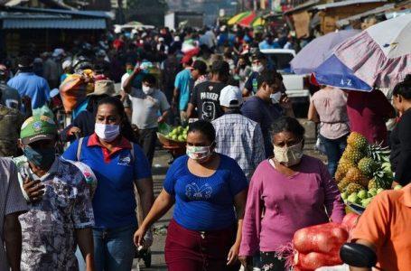 Vacunarán contra la Covid-19 a 20 mil locatarios en mercados capitalinos
