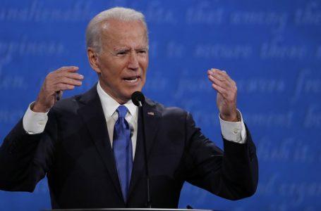 Biden enfrenta una creciente presión para hacer más diverso su gabinete de gobierno