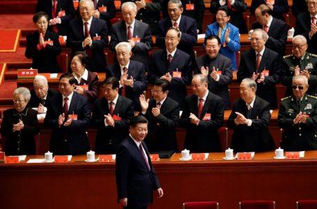 Estados Unidos restringe la entrada al país de los miembros del Partido Comunista Chino