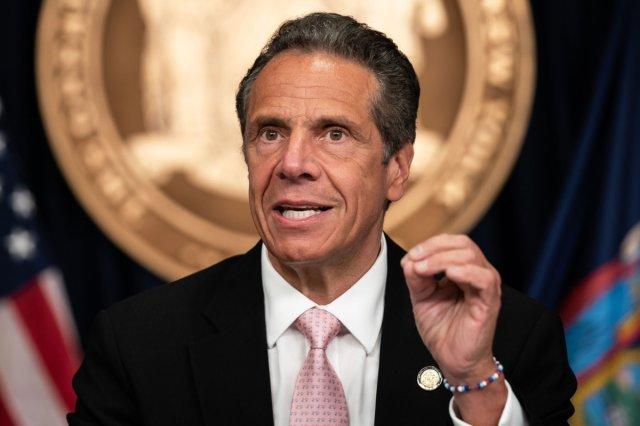 Nueva York pide que inmigrantes y otros grupos tengan acceso a vacuna contra Covid-19