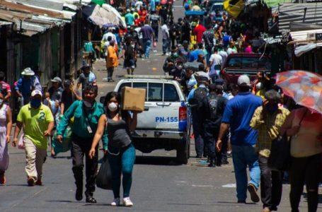 Jefa de Vigilancia de Salud pide no restringir circulación y mantener medidas de bioseguridd
