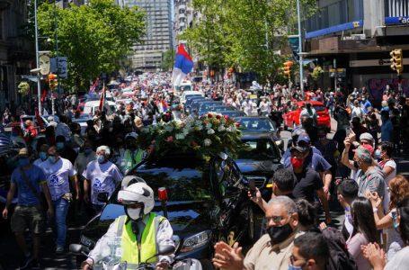 Un masivo cortejo fúnebre despidió al expresidente uruguayo Tabaré Vázquez