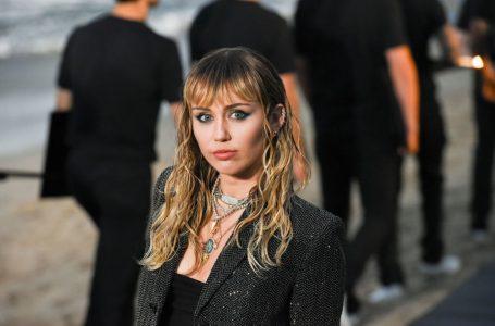 Miley confiesa que ha recurrido al cybersexo para evitar contagiarse de Covid-19