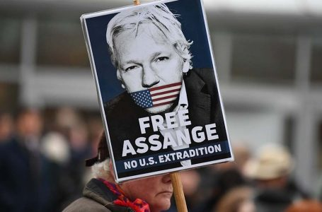 La justicia británica rechazó otorgar la libertad bajo fianza a Assange