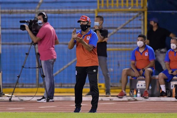 Troglio feliz tras ganar el partido de ida, pero no da por muerto a Motagua