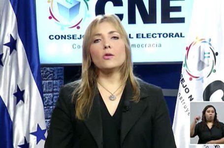 Paola Hall afirma no poder irrumpir pleno del CNE por minutos o cualquier vía