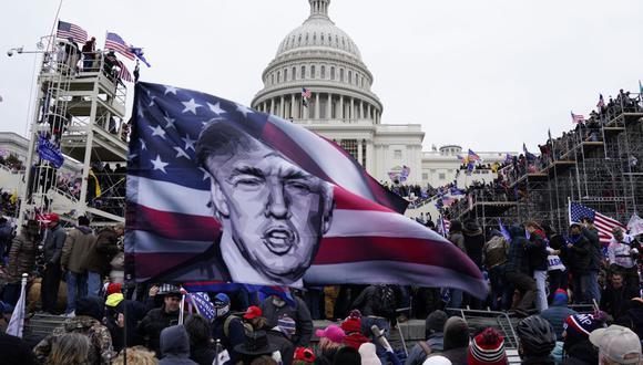 FBI alerta que se preparan protestas armadas en los 50 capitolios de EE.UU