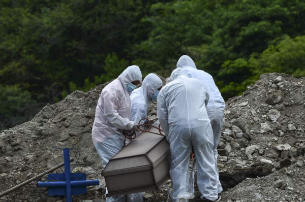Al menos 14 decesos bajo sospechas de Covid-19 reportan hospitales capitalinos