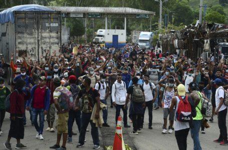 Guatemala prepara plan para contener la llegada de caravana desde Honduras