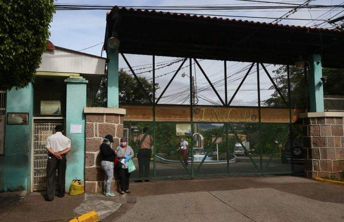Denuncian que hospital El Tórax tiene una semana sin agua potable