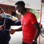 Rubilio Castillo ya está en Bolivia para unirse a su nuevo club, el Royal Pari