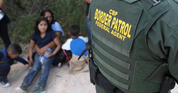 EEUU anula el programa «tolerancia cero» de Trump que separó a más de 3.000 familias