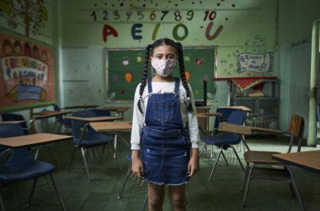 Mientras pandemia siga en alza, no retornan clases presenciales en Honduras